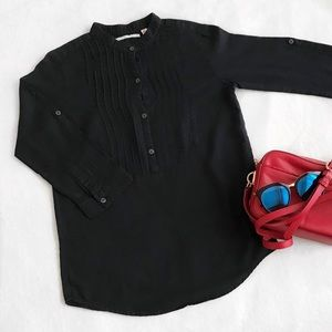 Uniqlo Pleated Button Up 3/4 Sleeve Black Blouse